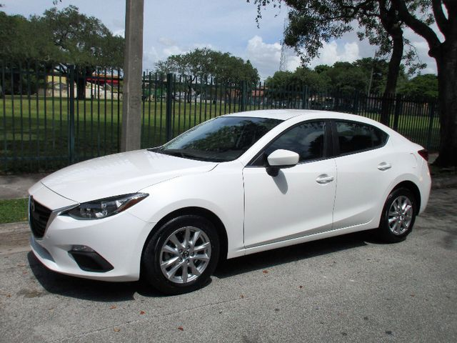 2016 Mazda Mazda3 i Sport Come and visit us at oceanautosalescom for our expanded inventoryThis