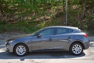 2016 Mazda Mazda3 i Sport Naugatuck, Connecticut 1
