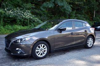 2016 Mazda Mazda3 i Sport Naugatuck, Connecticut