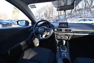 2016 Mazda Mazda3 i Sport Naugatuck, Connecticut 11