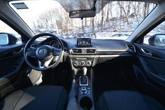 2016 Mazda Mazda3 i Sport Naugatuck, Connecticut 12