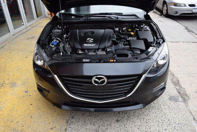 2016 Mazda Mazda3 i Sport Richmond Hill, New York 1