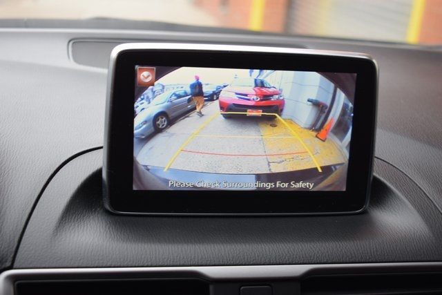 2016 Mazda Mazda3 i Sport Richmond Hill, New York 18
