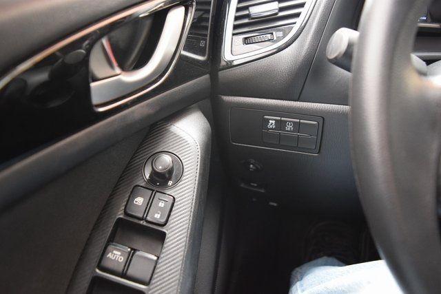 2016 Mazda Mazda3 i Sport Richmond Hill, New York 25