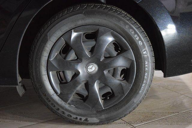 2016 Mazda Mazda3 i Sport Richmond Hill, New York 32