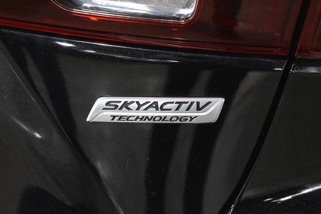 2016 Mazda Mazda3 i Sport Richmond Hill, New York 34