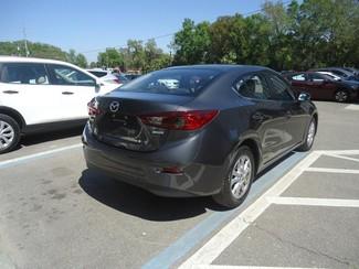 2016 Mazda Mazda3 i Sport Tampa, Florida 9