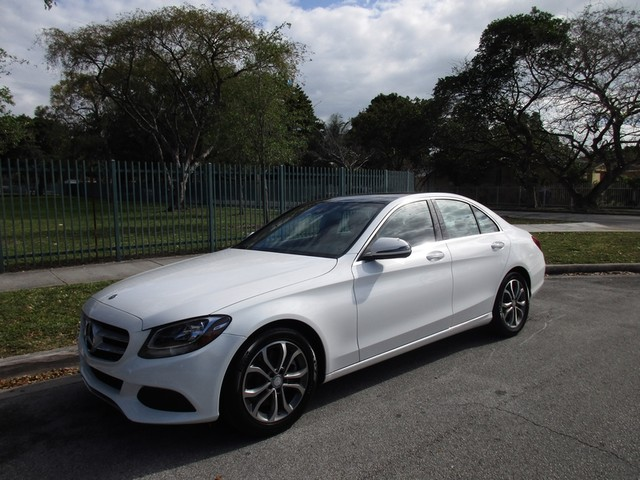 Used mercedes benz c class for sale in miami beach fl for Mercedes benz mechanic miami
