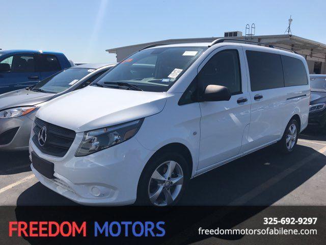2016 Mercedes-Benz Metris Passenger Van  | Abilene, Texas | Freedom Motors  in Abilene Texas