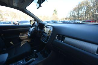 2016 Mitsubishi Outlander SE Naugatuck, Connecticut 8