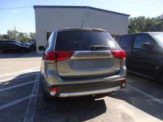 2016 Mitsubishi Outlander SE 7-PASSENGER. CAMERA. PUSH START. HTD SEATS SEFFNER, Florida 9