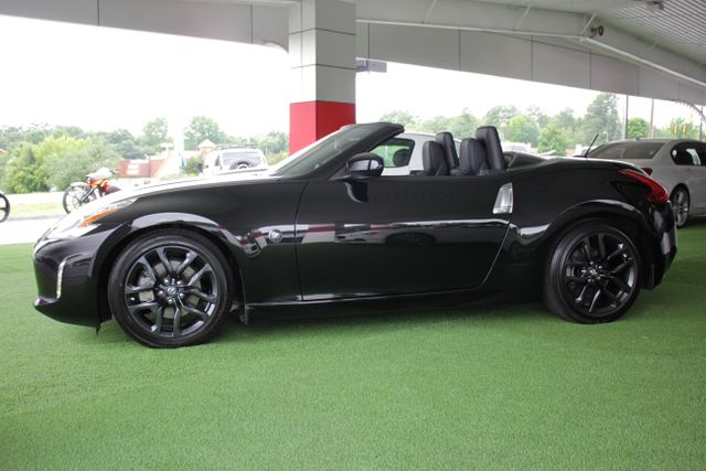 2016 Nissan 370Z Touring - NAVIGATION - COOLED LEATHER! Mooresville , NC 11