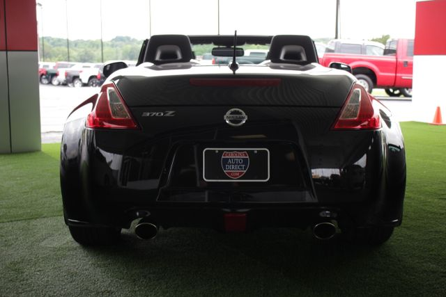 2016 Nissan 370Z Touring - NAVIGATION - COOLED LEATHER! Mooresville , NC 13