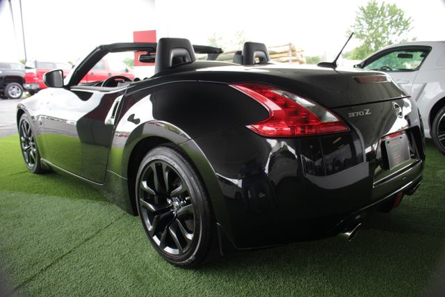 2016 Nissan 370Z Touring - NAVIGATION - COOLED LEATHER! Mooresville , NC 19