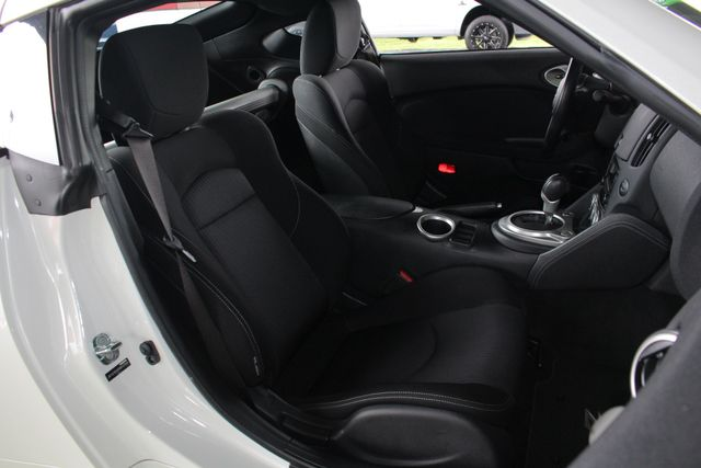 2016 Nissan 370Z RWD - SPECIAL PEARL WHITE PAINT! Mooresville , NC 10