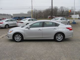 2016 Nissan Altima 2.5 S Dickson, Tennessee 1