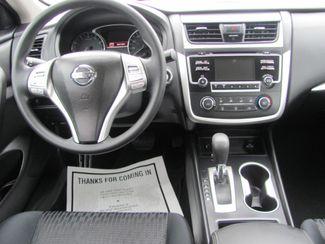 2016 Nissan Altima 2.5 S Dickson, Tennessee 5