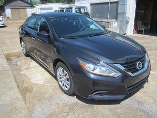 2016 Nissan Altima 2.5 S Houston, Mississippi 1
