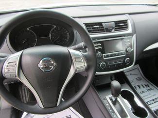 2016 Nissan Altima 2.5 S Houston, Mississippi 10
