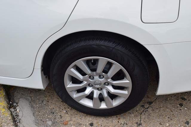 2016 Nissan Altima 2.5 S Richmond Hill, New York 5