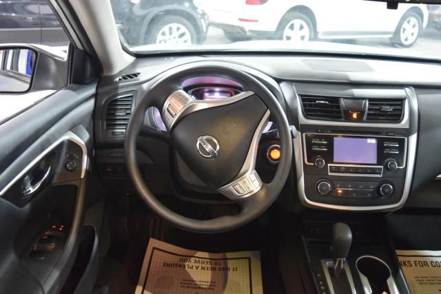 2016 Nissan Altima 2.5 S Richmond Hill, New York 7