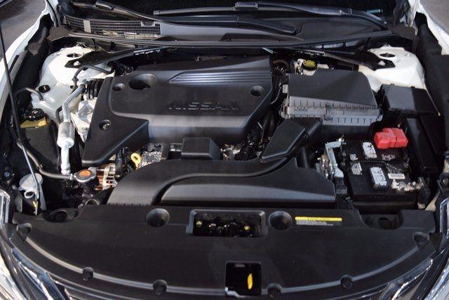 2016 Nissan Altima 2.5 S Richmond Hill, New York 4