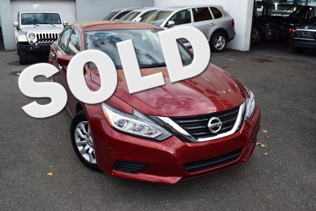 2016 Nissan Altima 2.5 S Richmond Hill, New York 0