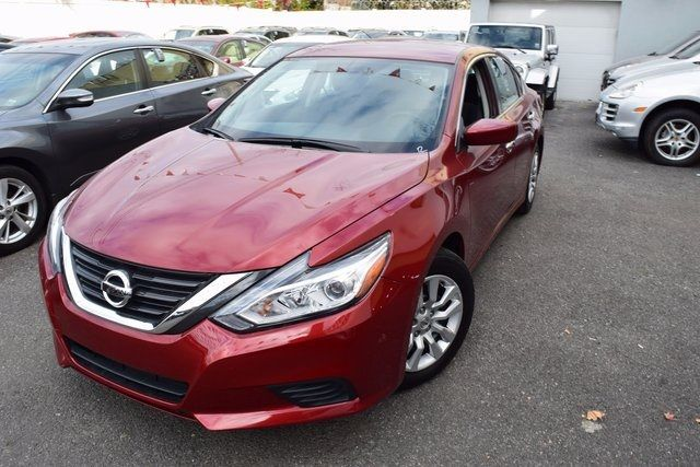 2016 Nissan Altima 2.5 S Richmond Hill, New York 1