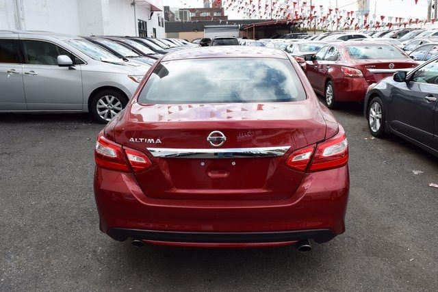 2016 Nissan Altima 2.5 S Richmond Hill, New York 6