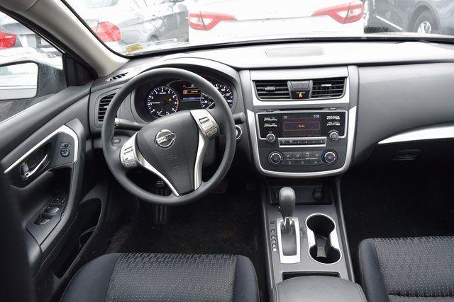 2016 Nissan Altima 2.5 Richmond Hill, New York 12