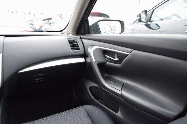 2016 Nissan Altima 2.5 Richmond Hill, New York 9