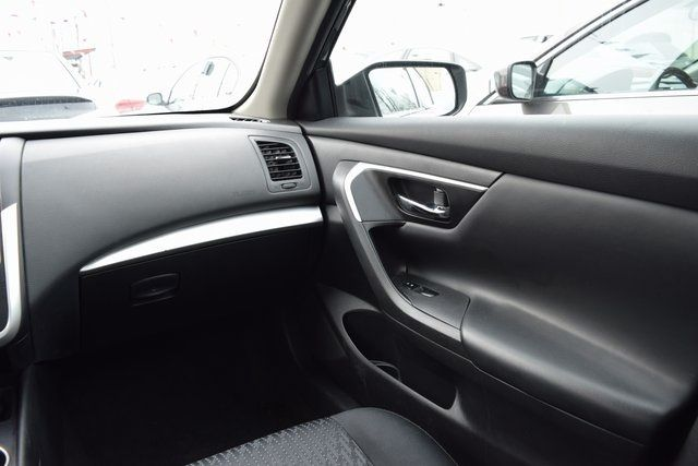 2016 Nissan Altima 2.5 S Richmond Hill, New York 12