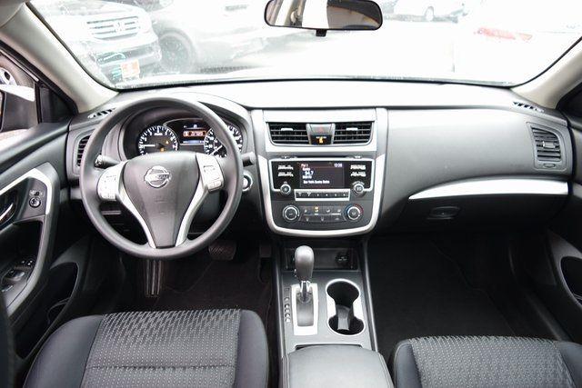 2016 Nissan Altima 2.5 Richmond Hill, New York 14