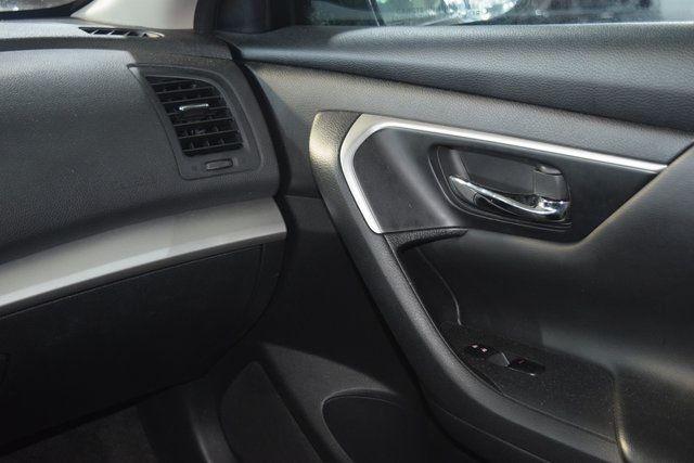 2016 Nissan Altima 2.5 S Richmond Hill, New York 14
