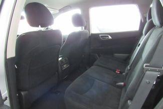 2016 Nissan Pathfinder SV Chicago, Illinois 10