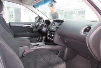 2016 Nissan Pathfinder SV Chicago, Illinois 13