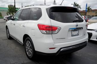 2016 Nissan Pathfinder SV Hialeah, Florida 23