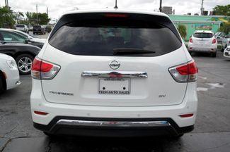 2016 Nissan Pathfinder SV Hialeah, Florida 24
