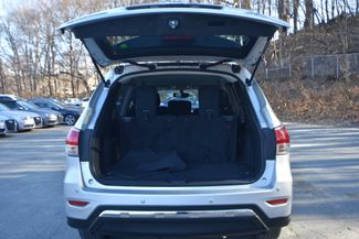 2016 Nissan Pathfinder SV Naugatuck, Connecticut 11