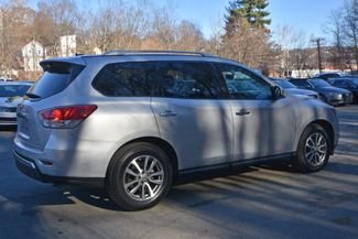 2016 Nissan Pathfinder SV Naugatuck, Connecticut 4
