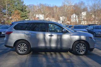 2016 Nissan Pathfinder SV Naugatuck, Connecticut 5