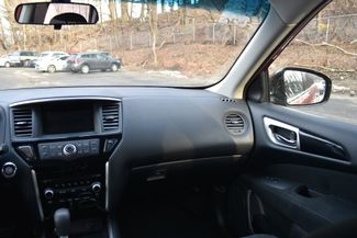 2016 Nissan Pathfinder Naugatuck, Connecticut 17