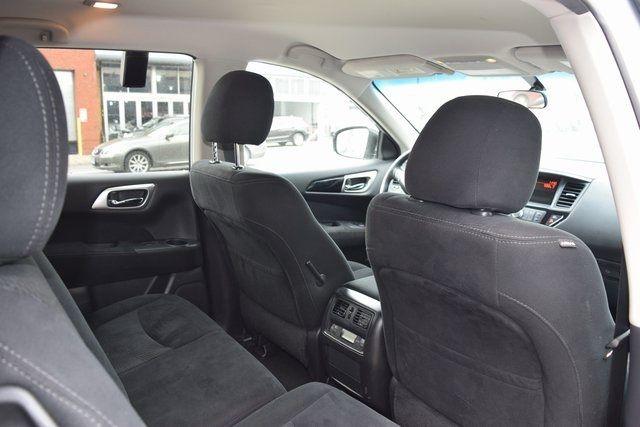 2016 Nissan Pathfinder Richmond Hill, New York 21