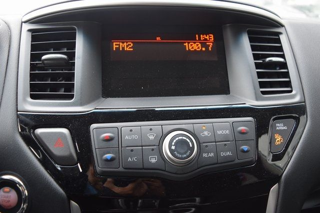 2016 Nissan Pathfinder Richmond Hill, New York 37