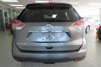 2016 Nissan Rogue SV Chicago, Illinois 5