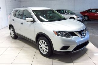 2016 Nissan Rogue SV Doral (Miami Area), Florida 3