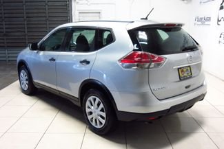 2016 Nissan Rogue SV Doral (Miami Area), Florida 4
