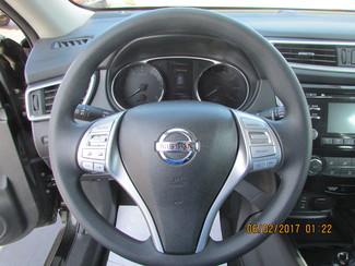 2016 Nissan Rogue S Fremont, Ohio 10