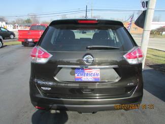 2016 Nissan Rogue S Fremont, Ohio 4