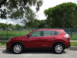 2016 Nissan Rogue SV Miami, Florida 1